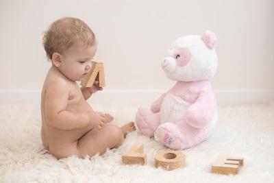 Foto de Christina Venturini niña de nuevo meses LOVE