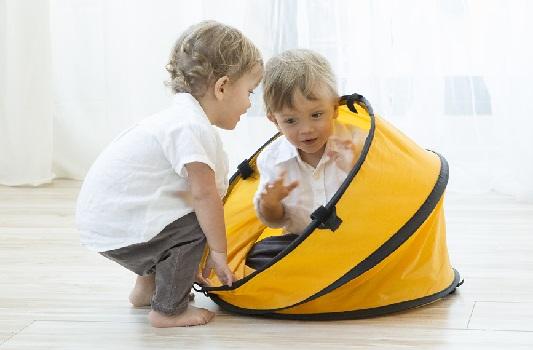 De 12 a 15 meses de la vida del bebé. Jugar es aprender y aprender es disfrutar                              del saber.