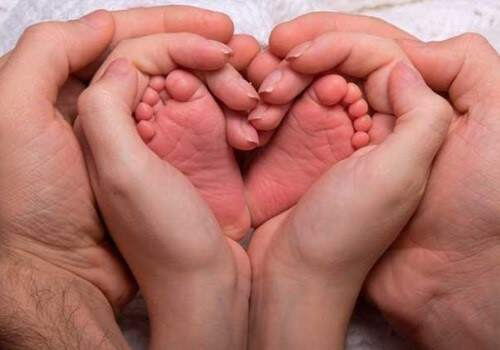 OMS considera prematuro a todo aquel niño que nace con                     menos de 37 semanas de edad gestacional