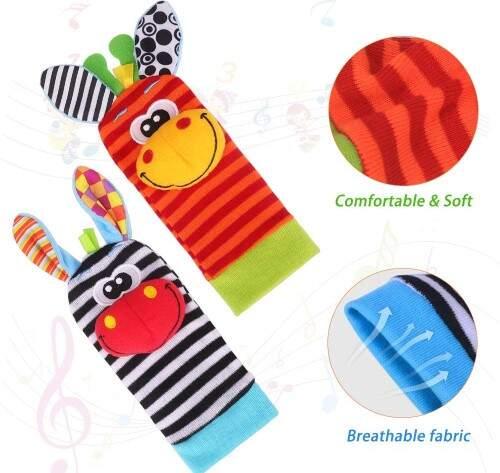 Juegos y juguetes para bebés desde dos meses. Par de calcetines peluche sonajero,