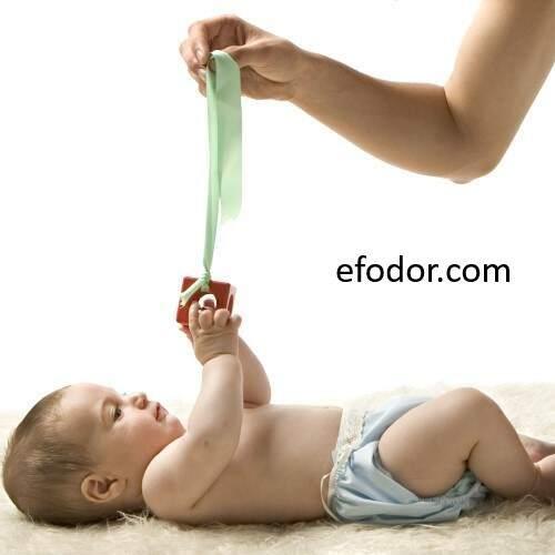 Juegos para bebés desde 4 meses. Díselo con caricias,